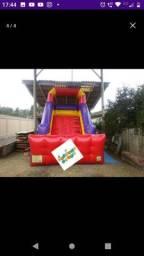Tobogã inflável escorregador grande