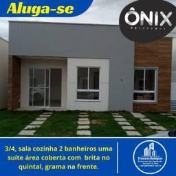Quer Morar no SIM em Uma Casa Nova 3/4, Com Suíte, Corredor Lateral e Quintal Murado?