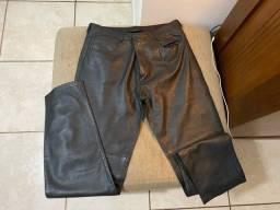Vendo calca de couro tamanho 44