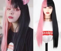 Peruca preta e rosa Nova