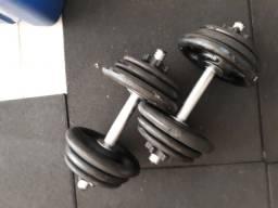 Kit Treino - 2 Barras Halter Rosqueada e 24kg Anilhas Pintada - R$ 289,00