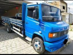 Caminhão 710