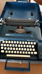 Máquina de escrever Remington 10