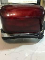 Luz trazeira da intruder 1500 LC