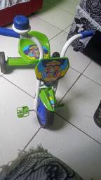 Triciclo infatil