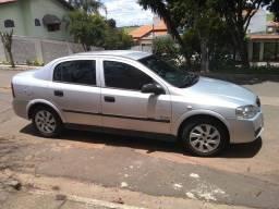 Astra Sedan Confort 2005
