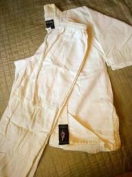 Kimono infantil Tam. M0 - Usado, em bom estado.