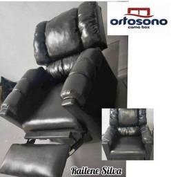 Poltrona courino reclinável preta e marrom