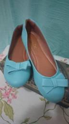 Sapatilhas Com Laço, costurada. cor Azul n. 38 NOVA