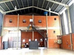 Galpão industrial e comercial 570m2, mezanino c/ 100 m2 e terreno c/ 2025 m2, teresópolis-