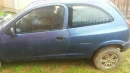 Vendo um carro celta - 2001