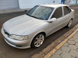 Chevrolet Vectra GL - 2.2 MPFI - Completo - 2000 - 2000