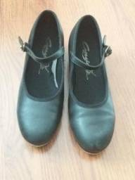 Sapato para Sapateado e Sapatilha Capezio - em ótimo estado 78c98c1b1d8e7