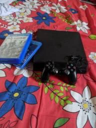 PS4 slim 500g com 3 jogos