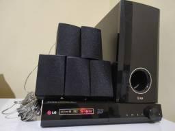 Home Theater LG BH4030S 5.1 Canais com Blu-ray Player 3D, Entrada USB ? 330 W<br><br>
