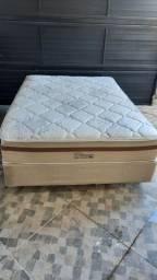 Cama box com colchão ( pouco uso )