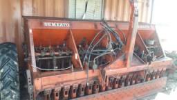 Plantadeira Semeato TD 300 19 linhas