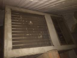 Vendo ar condicionado antigo 2