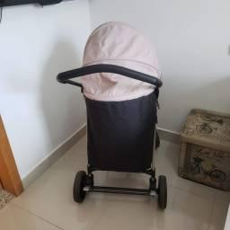 Carrinho de bebê semi novo BURIGOTTO