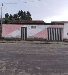 Aluga-se casa na Vila Riod/ próximo ao Jardim América