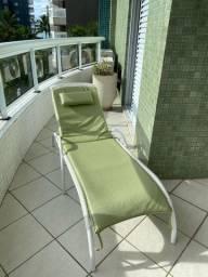 Cadeira/ Espreguiçadeira de tomar sol/ piscina