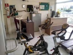 Vendo / troco academia completa de musculação e ginastica