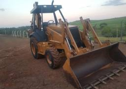 RETROESCAVADEIRA CASE 580L