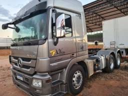 Caminhão MB Actros 2546 2011 *motor novo todo standard