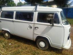 Vendo Kombi ano 2000