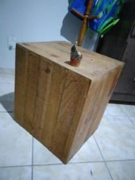 Mesa lateral estilo caixote