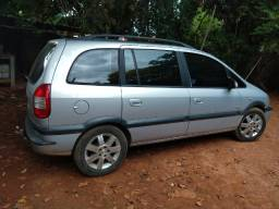 Carro Zafira 2004/2005