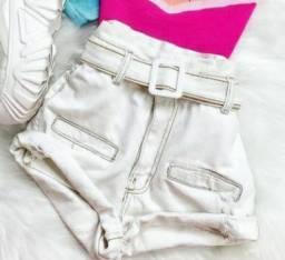 Shorts Jeans Branco com cinto