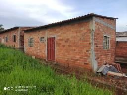 Casa/ barracão