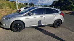 Ford Focus 1.6 MT