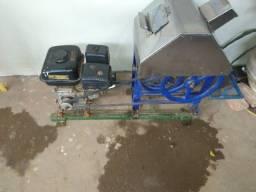 Máquina para fazer caldo de cana