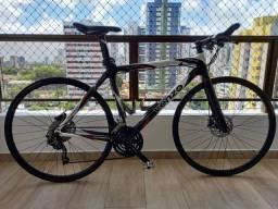 Bicicleta hibrida quadro carbono <br>