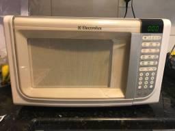 Vendo microondas ElectroLux 32L
