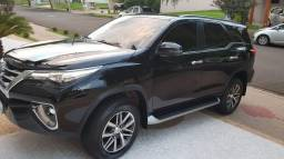 Toyota SW4 SRX 7 lugares Ano-modelo 2019
