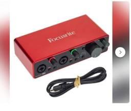 R$ 1.889 Interface De Aúdio Focusrite Scarlett 2i2 3º Geração - Somos Loja