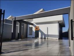 Jd. Barcelona, 2 quartos, 2 vagas de Garagem, Corredor lateral, Espaço para piscina.