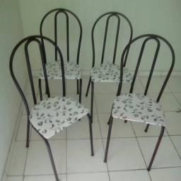 4 Cadeiras cromadas