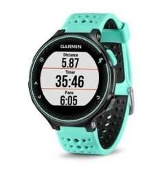 Garmin Forerunner 235 - GPS com monitor cardíaco no pulso