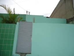 Casa 02 quartos no cedro