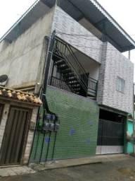 Alugo casa 2 quartos em Nova Iguaçu ( R$ 600,00 )