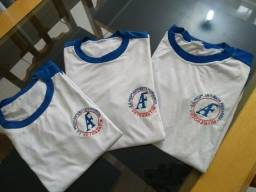 3 camisetas Antonieta Ferrraresse Tam M por 15 reais 3d174aac6557a
