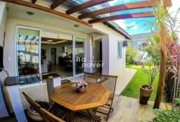 Casa à Venda no Condomínio Parque das Oliveiras