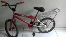 Vendo essa bicicleta cros por 200 R$