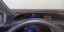Honda Civic 2014 lxr muito novo porém de leilão