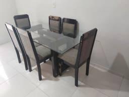 Mesa com 6 cadeiras + Buffet