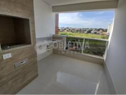 Apartamento para alugar com 3 dormitórios em Santa monica, Uberlandia cod:469907